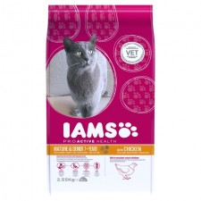 Iams Mature and Senior Cat Chicken 2.55kg